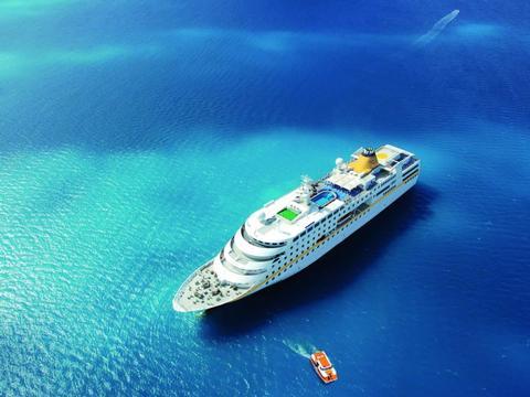 Amazonas und Karibik Kreuzfahrtberater Hamburg MS Hamburg